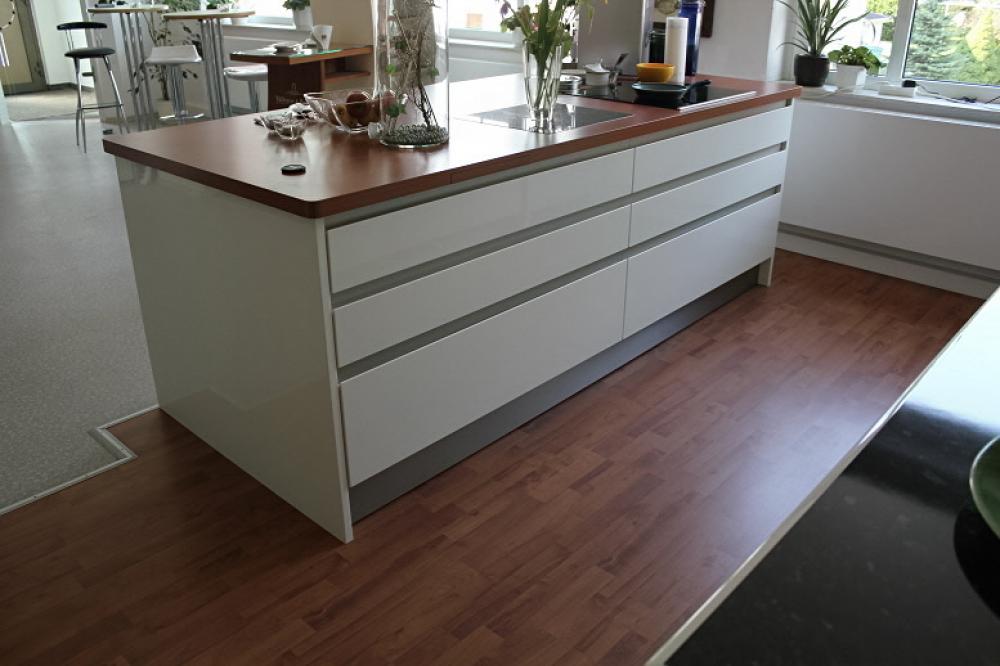 Küchen musterküchen und küchenmöbel angebote im abverkauf