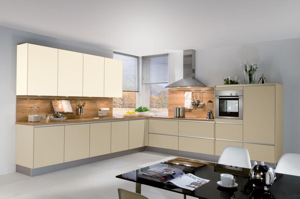 k che in l form von h cker erh ltlich in oederan. Black Bedroom Furniture Sets. Home Design Ideas