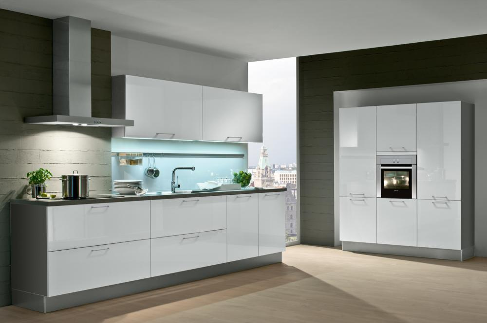 Zweizeilige Küche Von Häcker - Erhältlich In Oederan