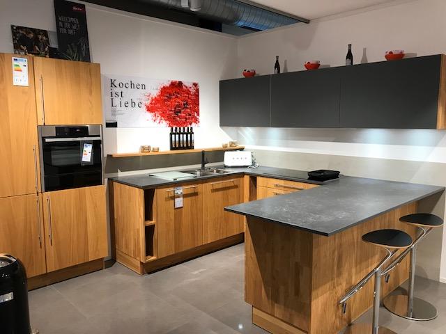 Küche in u form von küchen design studio b r handels