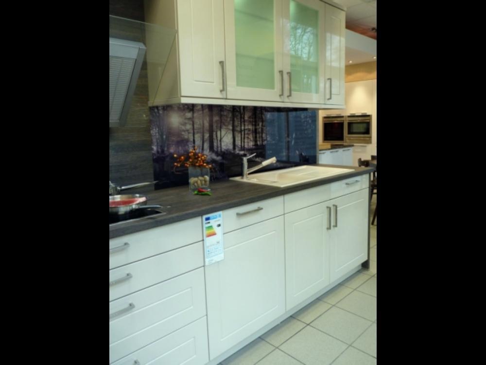 g nstige musterk che k che in l form von sch ller erh ltlich in hennigsdorf. Black Bedroom Furniture Sets. Home Design Ideas