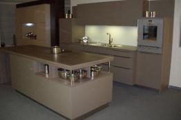 g�nstige Küche zweizeilig aus Herbert Dross GmbH 85055 Ingolstadt Deutschland