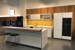 günstige Küchen und Musterküchen sowie Ausstellungsküchen, Möbel ...