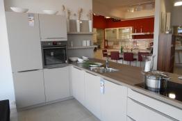 g�nstige Küche L-Form aus Firma Huxoll GmbH (MK) 56218 Mülheim-Kärlich Deutschland