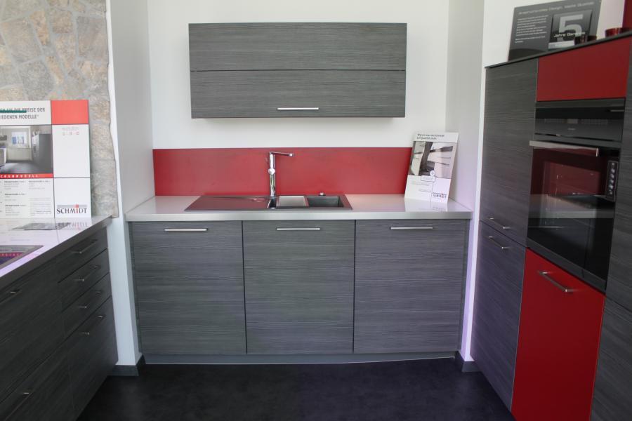 Küche in U-Form von Schmidt Küchen und Wohnwelten - Foto  3