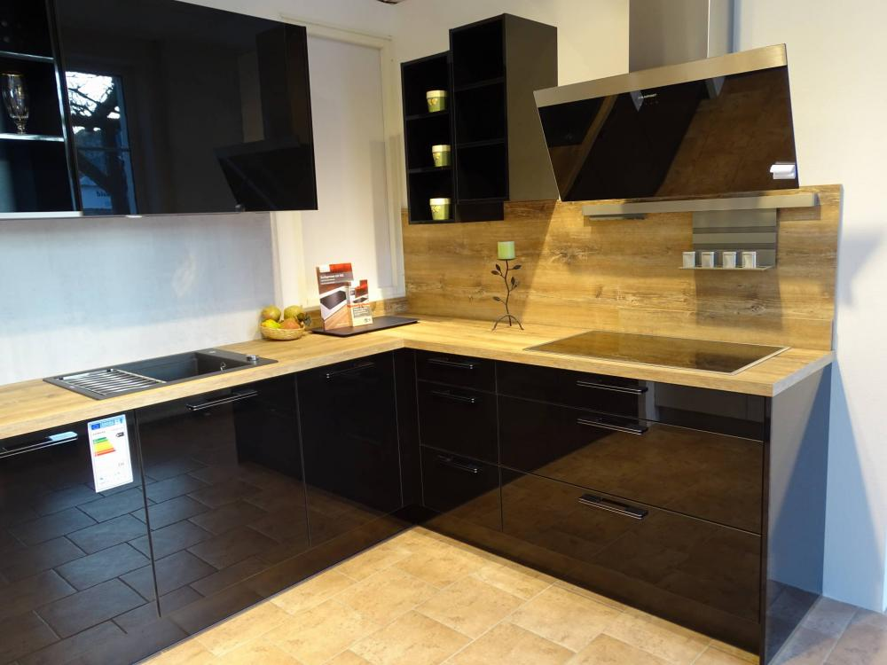 Küche in U-Form von BCR Küchenstudio Wunderwald - Foto  2