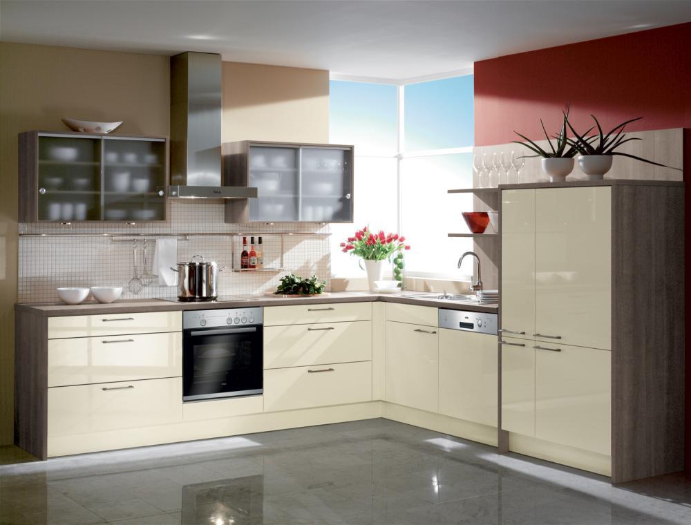 Küche in L-Form von Häcker - erhältlich in Oederan